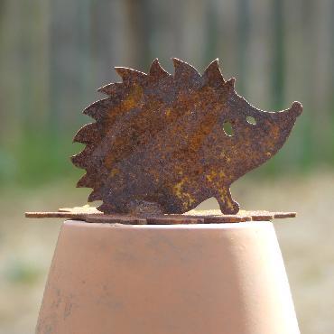 Petit hérisson avec feuille à poser en fer rouillé