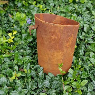 Grand pot rond avec crochet à poser ou à suspendre en fer rouillé