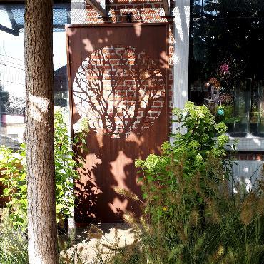 Grande palissade arbre à poser et à fixer en fer rouillé