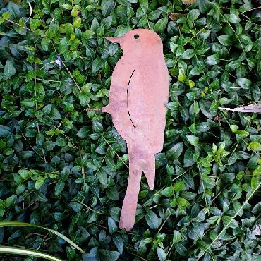 Oiseau pic à visser en fer rouillé