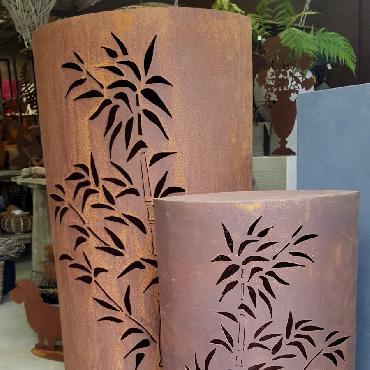 Petite et grande colonnes bambou à poser en fer rouillé