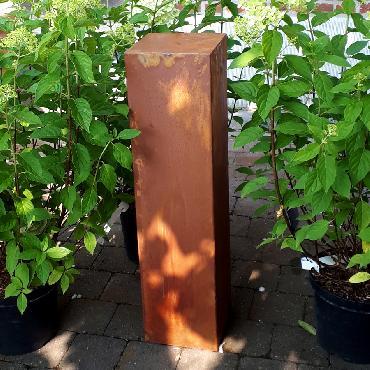 Petit pilier 80 cm de haut à poser en fer rouillé