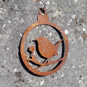 Boule Noël oiseau baies ouverte diamètre 10 cm à suspendre en fer rouillé