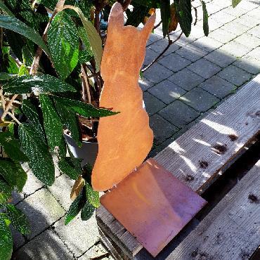 Chat assis de dos à poser en fer rouillé
