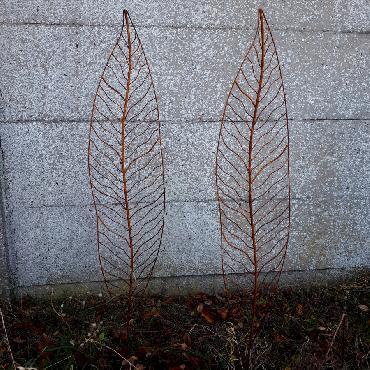 Grandes feuilles à piquer en fer