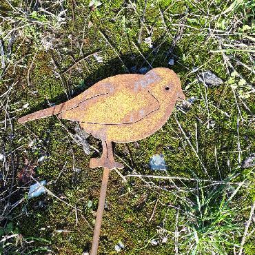 Oiseau mésange à piquer en fer rouillé