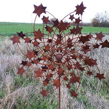 Eolienne étoiles diamètre 64cm à piquer en fer rouillé