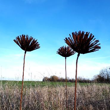 Fleur de chardon diamètre 30cm à piquer en fer rouillé