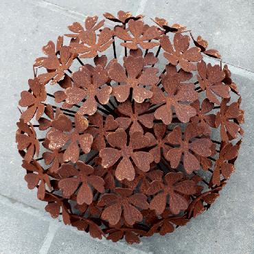 Petite fleur d'hortensia annabelle diamètre 22cm à piquer en fer rouillé