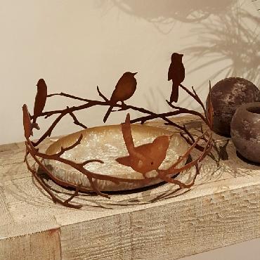 Couronne avec oiseaux sur branche à poser en fer rouillé