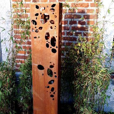 Pilier galets 145 cm de haut à poser en fer rouillé