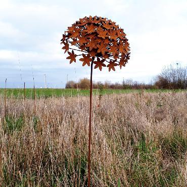 Grande fleur d'ail diamètre 31cm à piquer en fer rouillé