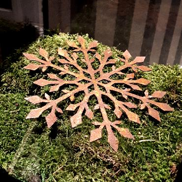 Flocon de neige à suspendre ou à poser en fer rouillé