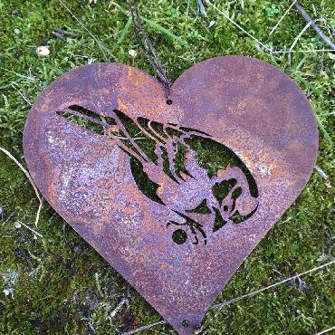 Coeur mésange tête vers le bas
