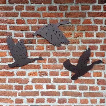 Envolée d'oies à fixer au mur en fer brun