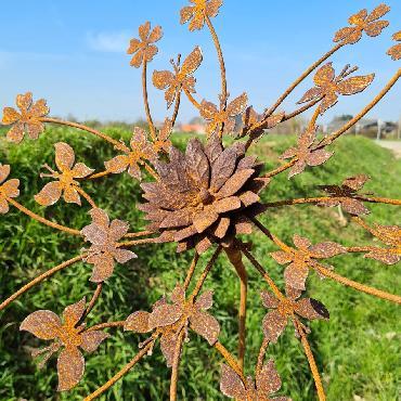 Eolienne papillons et fleurs simple hélice D55xH145cm à piquer en fer rouillé