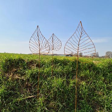 Grande, moyenne et petite feuilles de peuplier H140cm à piquer en fer rouillé