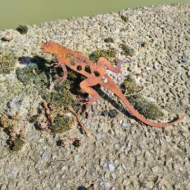 Salamandre L20cm à visser en fer rouillé