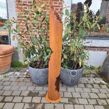Colonne de feu étagée petite H150cm à poser en fer rouillé
