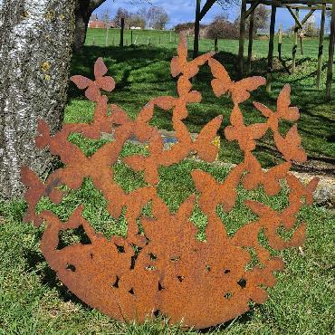 Envolée de papillons D88cm à piquer en fer rouillé