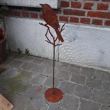 Oiseau petit sur pied à poser en fer rouillé