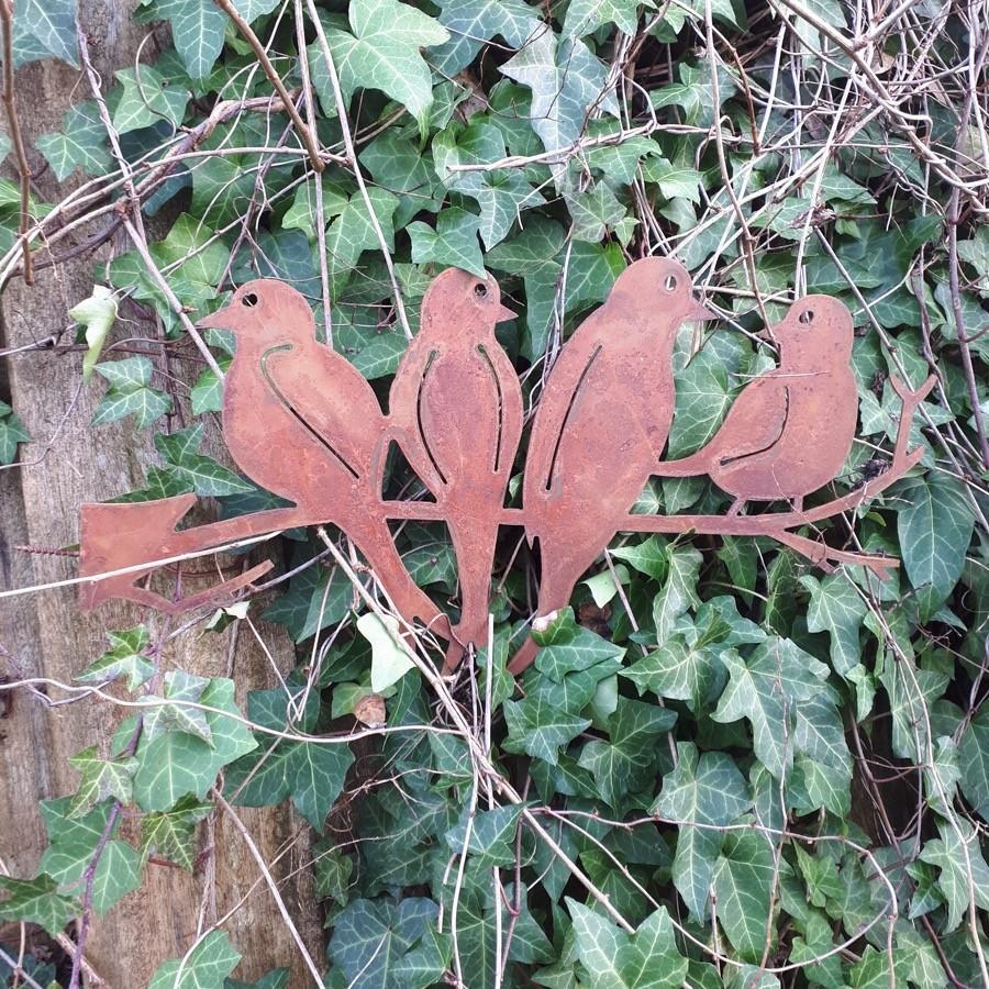 Quatre oiseaux sur branche à visser