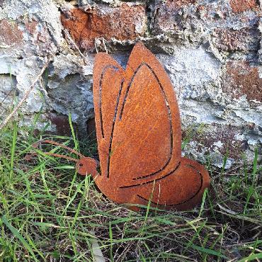Grand papillon à visser en fer rouillé
